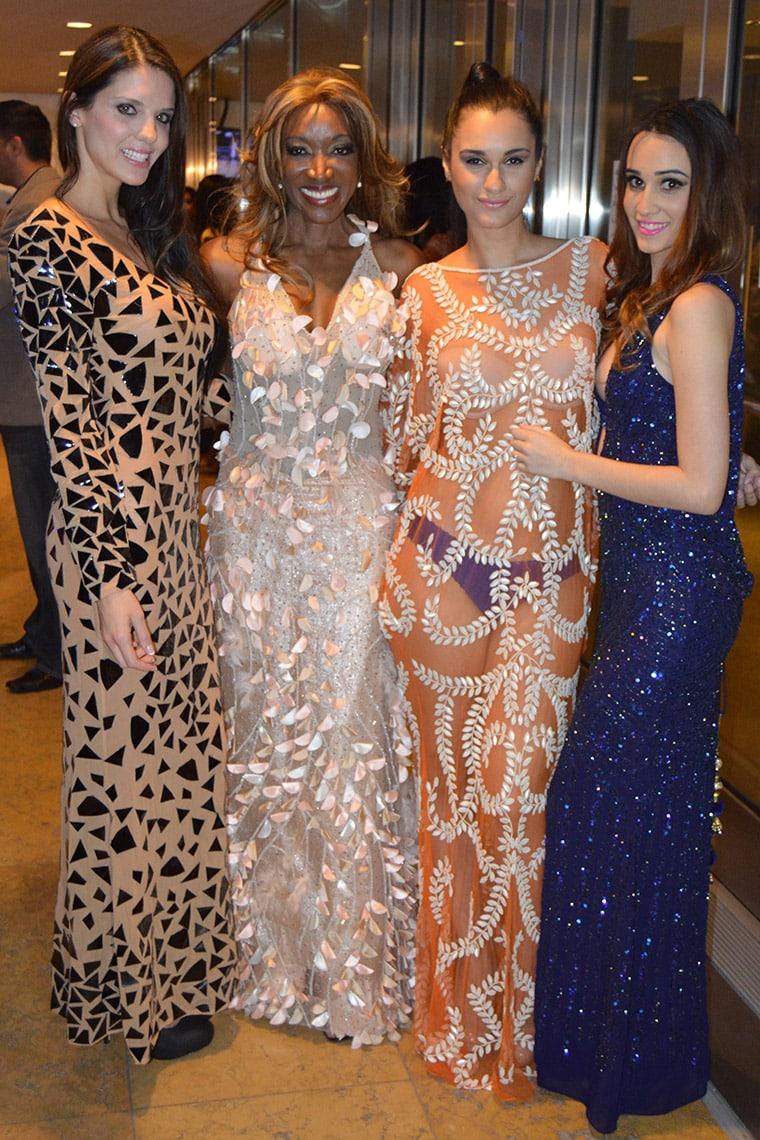 Mayra Joli and models
