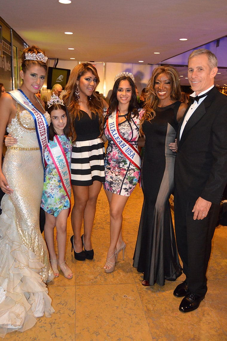 Mayra Joli and local Teen & Junior Queens